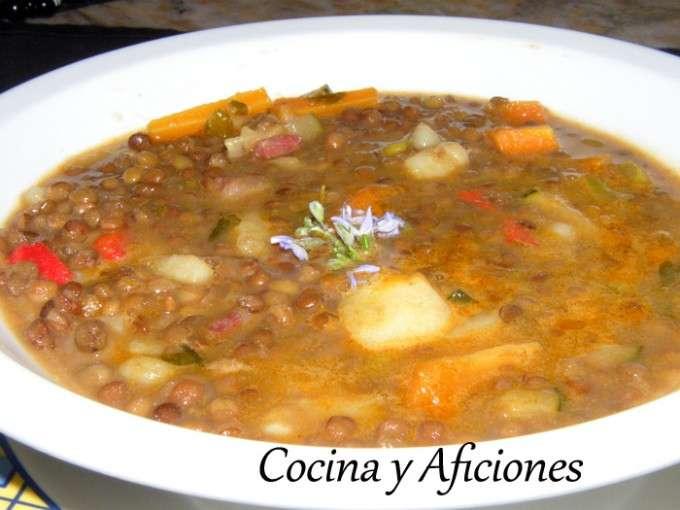 0 - Lentejas con verduras, jamon iberico y queso a las finas hierbas (2)