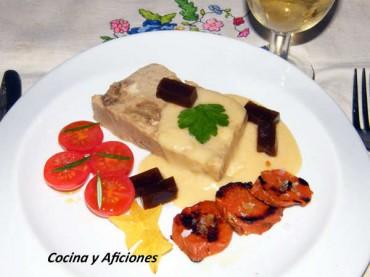 Pastel de boletus con salsa ligera de queso y gelée de Pedro Ximenez, receta