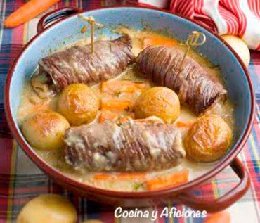 Enrollados de ternera rellenos, receta italiana deliciosa