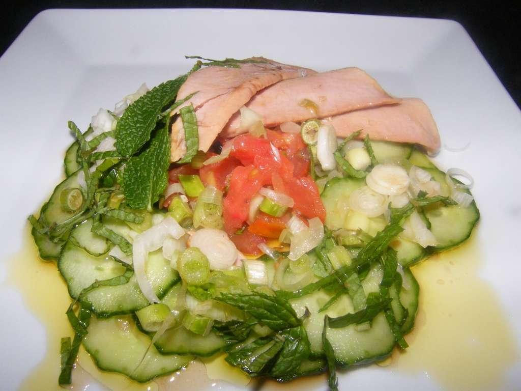 Ensalada fresca de pepino, receta