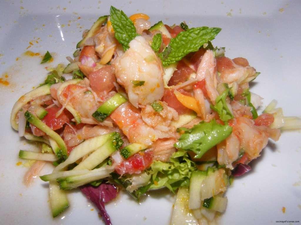 Ensalada de gambas y berberechos con sal de naranja, receta