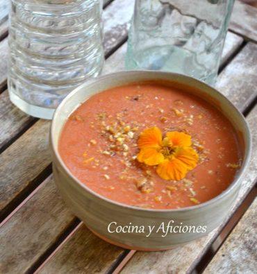 Gazpacho tradicional, receta a paso a paso con vídeo.
