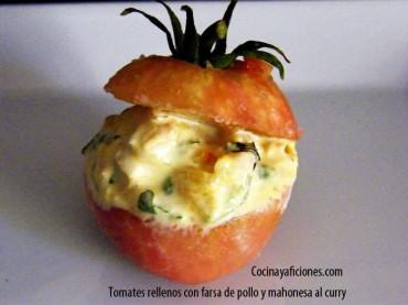 Tomatitos rellenos con farsa de pollo y mahonesa al curry, receta