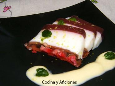 Gelatina de Yogur y fresas con crema de maracuyá, receta