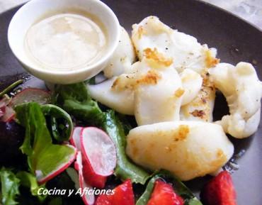 Sepia marinada a la plancha con su salsita, receta
