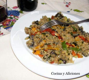 Quínoa con verduras y setas sitake, receta