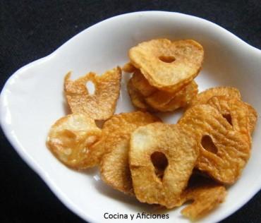 Técnica de cocina:  laminas de ajo crujientes y doradas, paso a paso