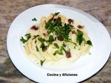 Tagliatelle con salsa suave de queso, receta