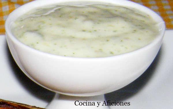 Salsa de yogur con marinada, receta