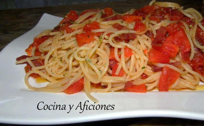 Espaguetis ibéricos, receta paso a paso