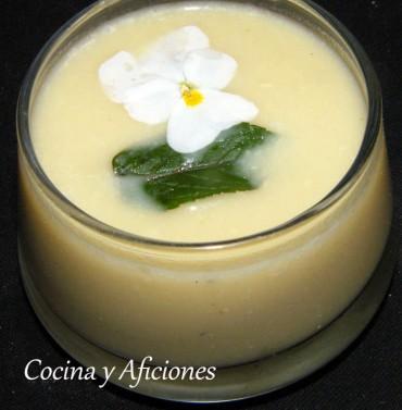 Crema  de espárragos blancos y cebolletas tiernas, receta paso a paso
