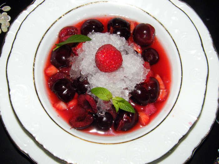 Sopa de frutas con nieve de ginebra 11