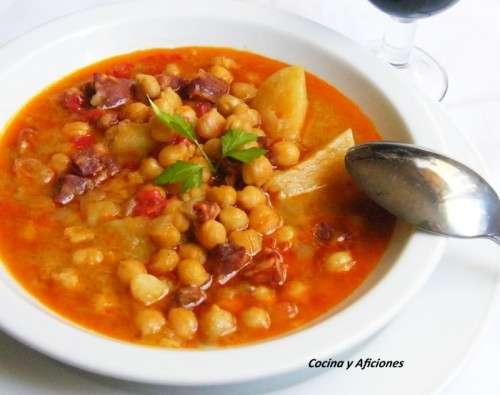 Doce recetas de cuchara cocina y aficiones for Cocinar garbanzos con chorizo