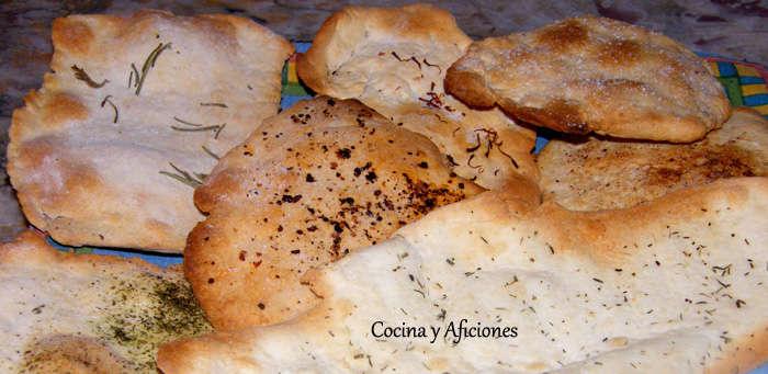 Pan «naan» con un toque mediterraneo, receta paso a paso