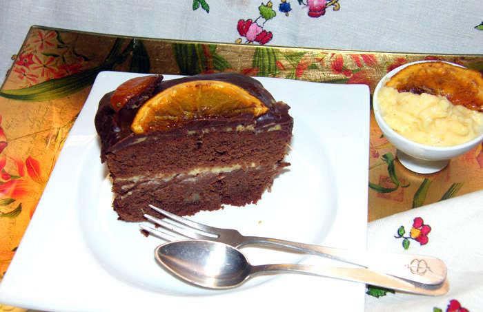 Brownie con naranjas  en crema y confitadas, receta paso a paso.