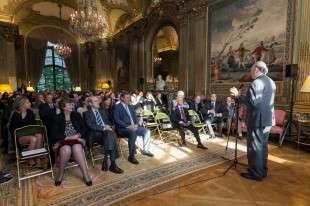 D. Carlos Falcó pronunciando su discurso