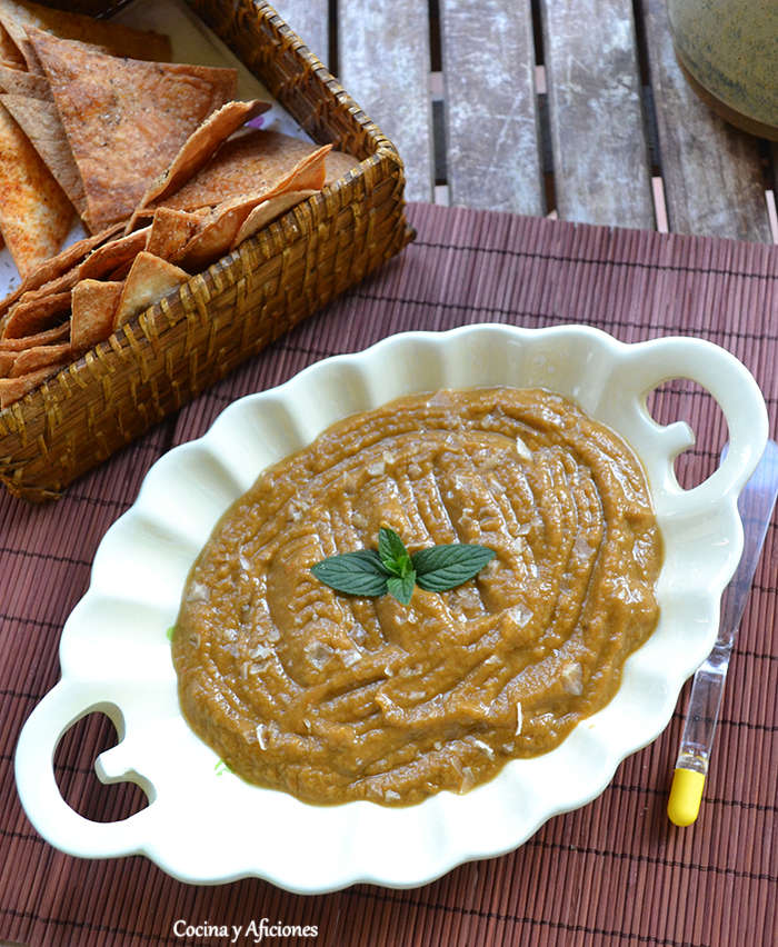 Kiopoolu, caviar de berenjena al estilo búlgaro, receta paso a paso.