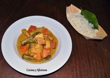 Curry camboyano de Pollo – Samlaa Khaeng phet, receta paso a paso.
