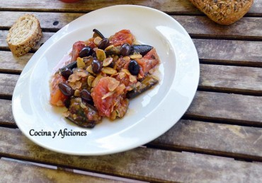 Berenjenas y tomates a la tunecina, receta paso a paso.