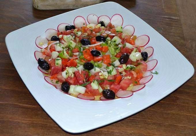 ensalada-de-tomate-y-menta-8