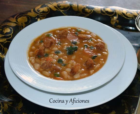 Sopa-de-alubias-blancas-al-estilo-Mediterraneo 8