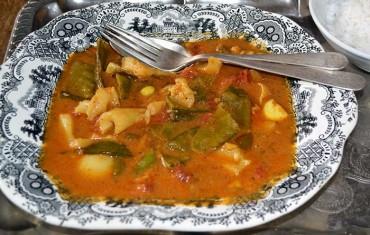 Curry  Malabar de sepia y gambas, receta paso a paso.