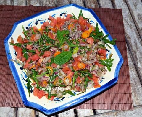 tartar-de-tomate-y-sardinas-de-cubo-presentacion-2