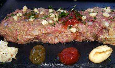 Steak Tartar y sus acompañamientos, receta paso a paso