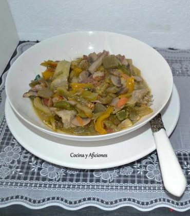 Menestra caldosa de verduras de invierno y setas, receta paso a paso.