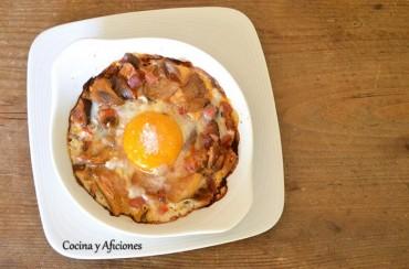 Huevos al plato con setas de cardo, recetas paso a paso.