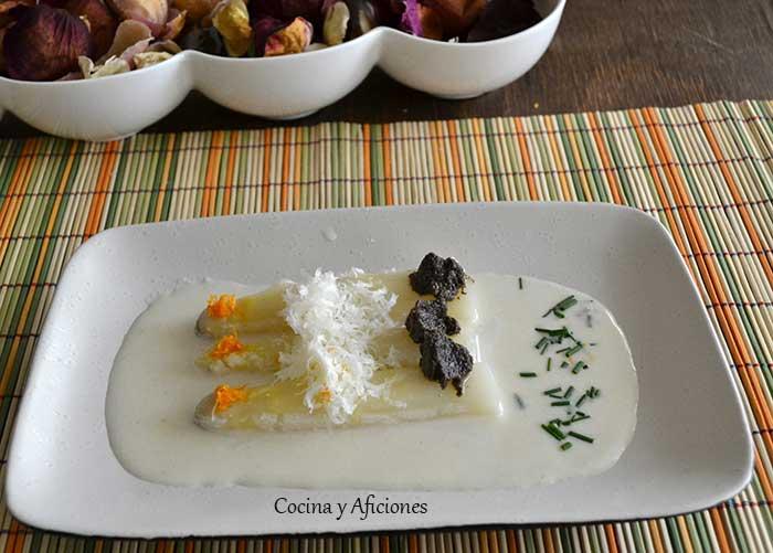 Esparragos-blancos-con-crema-de-parmesano-3