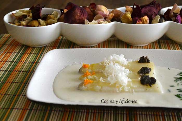 Esparragos-blancos-con-crema-de-parmesano-8