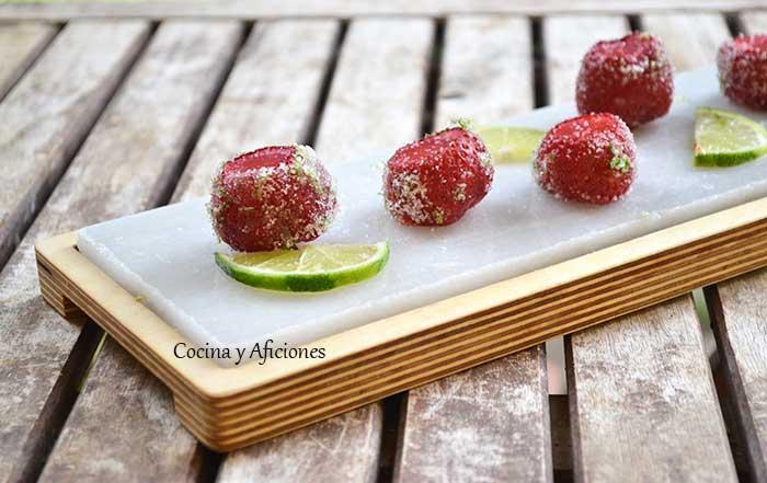 Fresas-rellenas-de-fresa-y-tequila-1