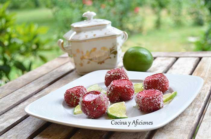 Fresas-rellenas-de-fresa-y-tequila-4