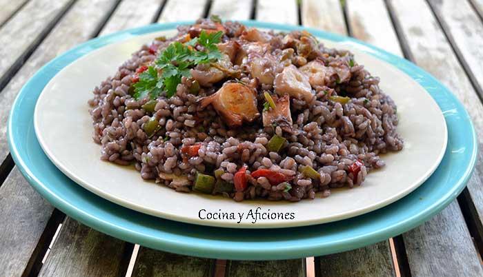arroz-con-pulpo-y-vino-tinto-1