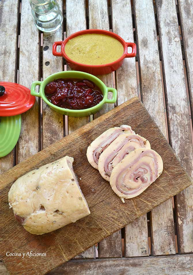 fiambre-de-pollo-confitura-de-cerezas-y-salsa-de-mostaza-6