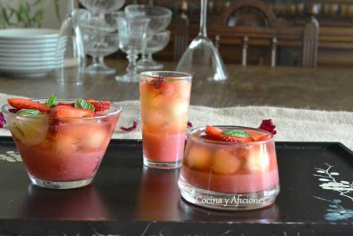 Gelatina-de-fresas-y-melon