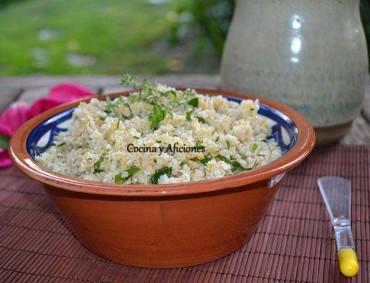 Bulgur con hierbas frescas, receta paso a paso.