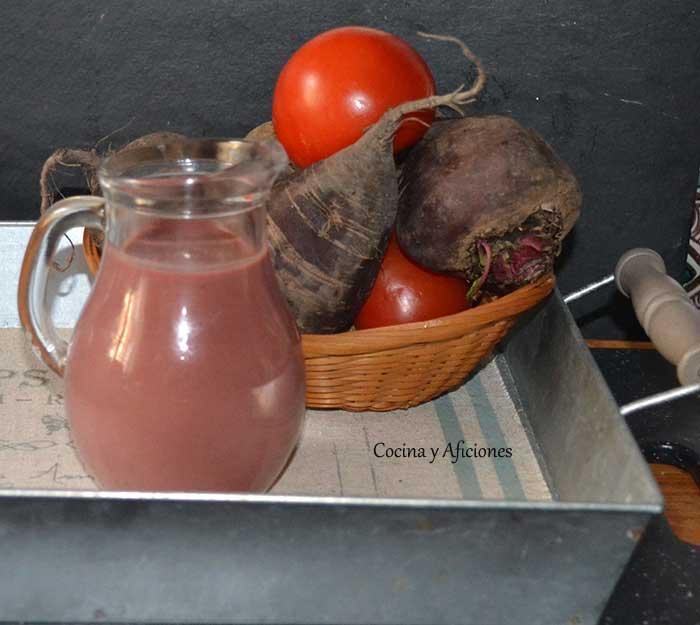 sopa-fria-de-hojas-de-remolocha-7