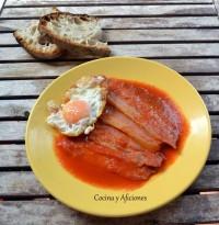 Magras con jamón y huevo frito, receta paso a paso.