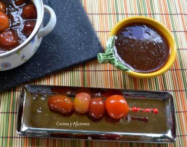 Tapa de tomates cereza en almíbar oriental, receta paso a paso.