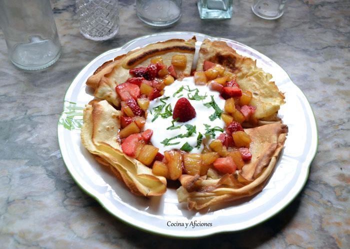 crepes-con-frutas-y-yogur-1