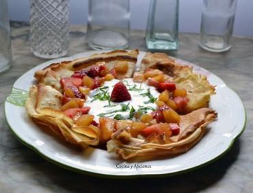 Crêpes con frutas, receta paso a paso.