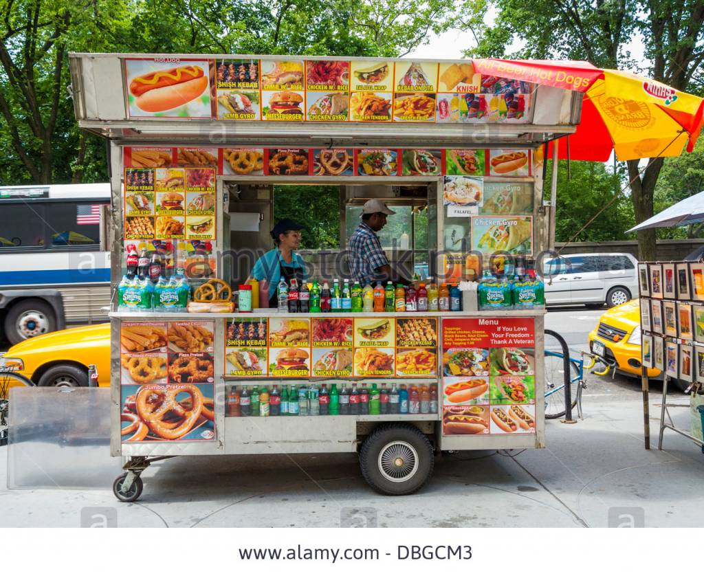 street-fast-food-van-truck-new-york-city-DBGCM3