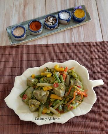 Menestra  sencilla de verduras de primavera con salsa de perejil,  paso a paso.