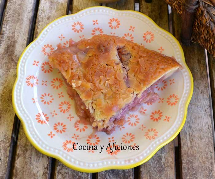 Cobbler-de-fresas-y-ciruelas-rojas-21