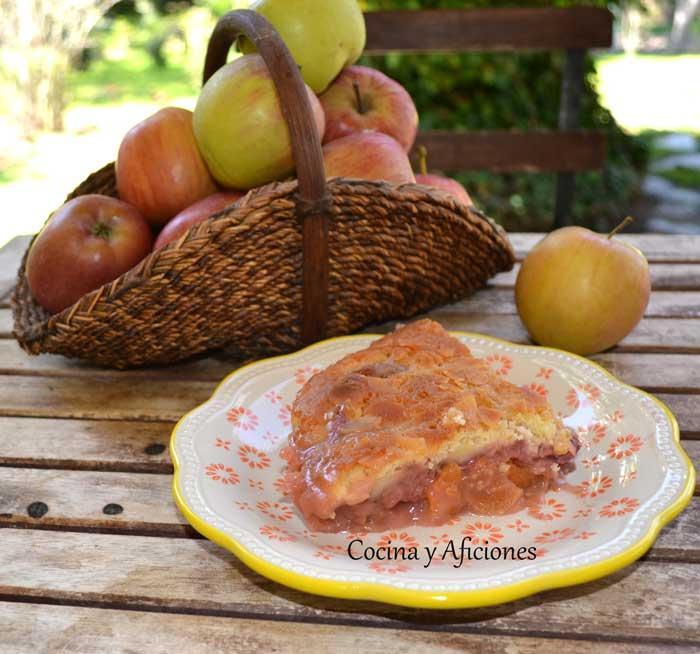 Cobbler-de-fresas-y-manzanas