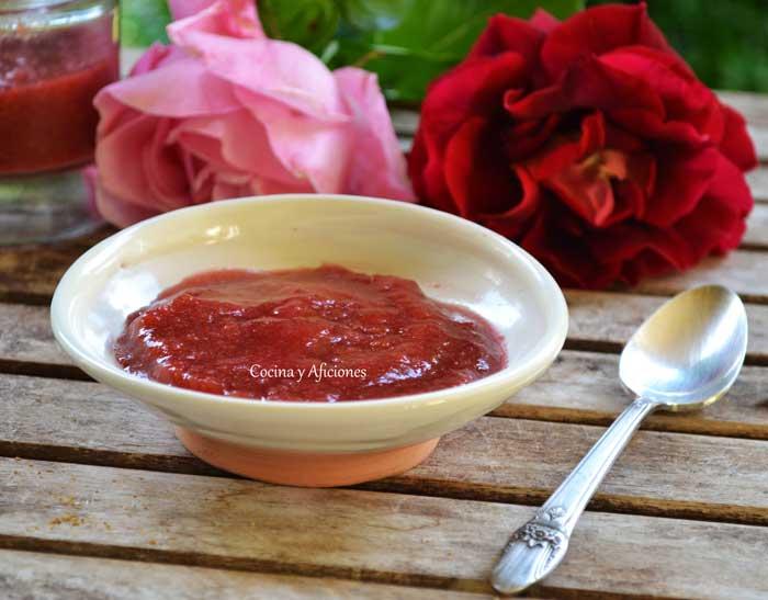 mermelada-de-petalos-de-rosa-7