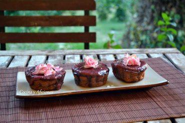 Bizcochos de chocolate y rosas, receta paso a paso