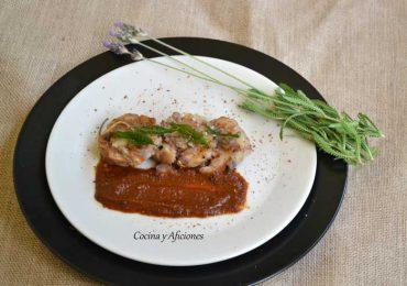 Tapa de manitas de cerdo con salsa vizcaina, receta paso a paso.